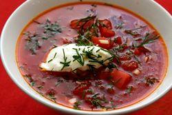 Ciorba rece de sfecla rosie