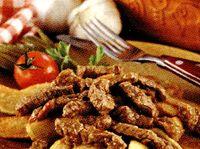 Friptura_de_porc_cu_garnitura_de_cartofi