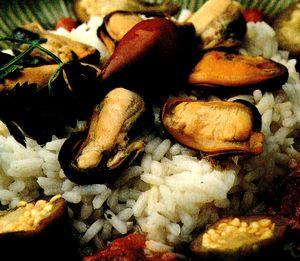 Orez cu midii, legume si soia