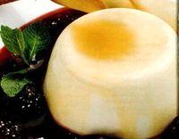 Crema de vanilie cu dulceata de capsuni