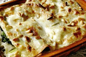 Lasagna_cu_broccoli_si_muguri_de_pin