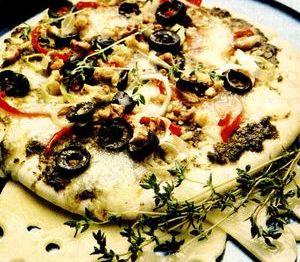 Pizza_cu_praz_si_nuci