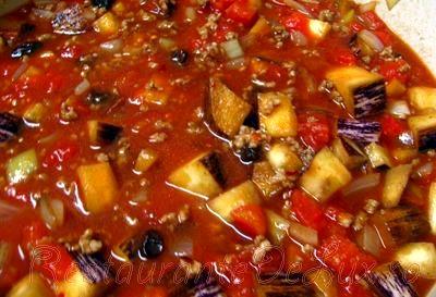 Supa de vinete cu carne de porc