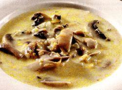 Supa de ciuperci uscate cu smantana si orez