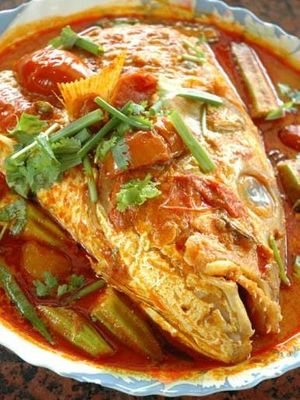 Curry de peste la abur