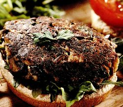 Burger vegetal cu legume
