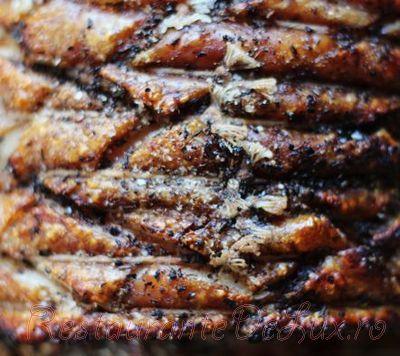 Jambon de porc cu sos de patrunjel