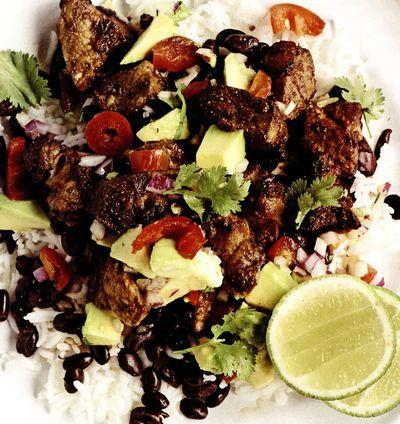 Porc_cu_orez_mexican_si_salsa_de_avocado