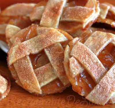 Prajiturele cu mere si scortisoara
