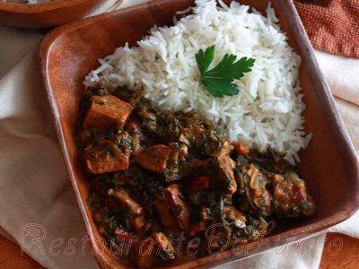 Tocana de vita cu legume si garnitura de orez basmati