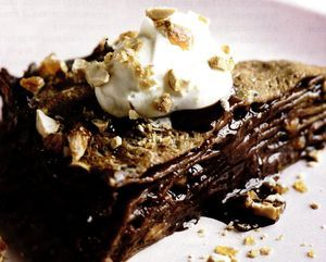 Tort_de_clatite_cu_ciocolata