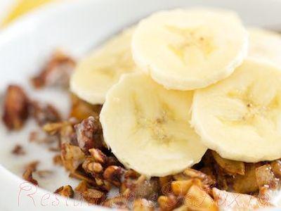 Desert_cu_nuci_si_crema_de_banane_05