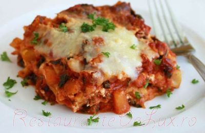 Lasagna_cu_carne_tocata_sos_de_rosii_si_parmezan_19