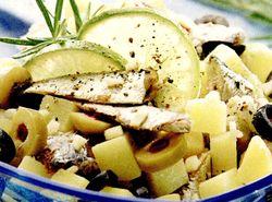 Salata din cartofi cu scrumbie