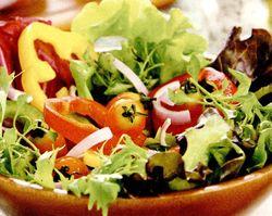 Salata_delicioasa_de_legume