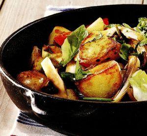Tigaie_de_cartofi_cu_legume