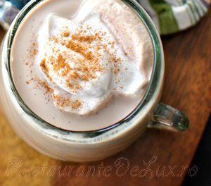 Ciocolata_calda_cu_frisca_si_aroma_de_scortisoara_12