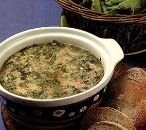 Ciorba de salata verde cu crutoane