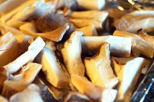 Ciuperci albe la cuptor