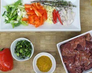 Ficatei de pui cu aroma de curry