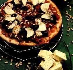 Pizza_cu_dovlecei_si_tofu