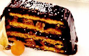 Prajitura_cu_frisca_si_ciocolata