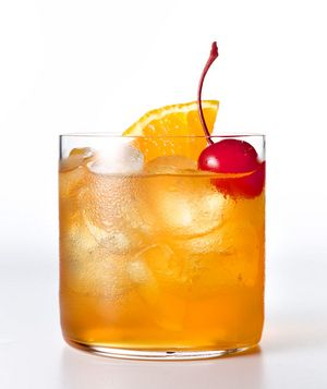 Retete_de_cocktailuri_Cocktail_Amaretto_Sour