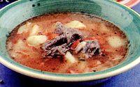 Supa de vitel cu legume si verdeata