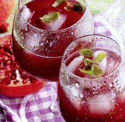 Cocktail_cu_rom_alb