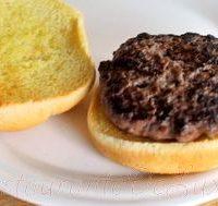 Burgeri cu carne de vita si naut