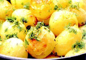 Cartofi fierti cu usturoi