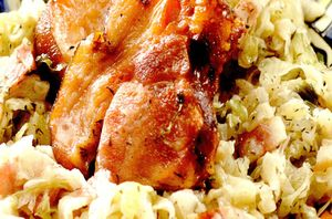 Ciolan afumat de porc cu varza si cartofi