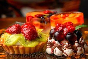 Cupe cu ciocolată, fructe si nuci