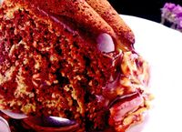 Prajitura_cu_banane_si_sos_de_ciocolata