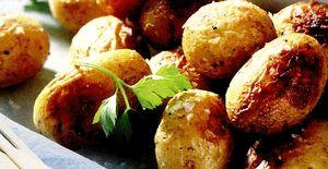 Cartofi_la_cuptor_cu_oregano_si_cimbru