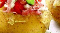 Cartofi_noi_umpluti_cu_sunca_si_verdeata