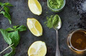 Cocktail_cu_whisky_ceai_verde_si_aroma_de_menta