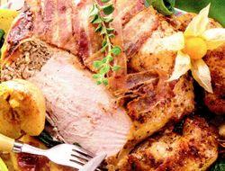 Curcan_la_tava_cu_mere_si_bacon