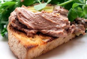 Felicity's perfect chicken liver pâté