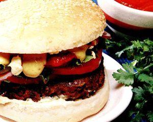 Retete_pentru_gratar_Hamburger_din_carne_de_vita