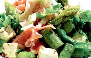 Salata_de_sparanghel_cu_tofu_si_jambon
