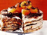 Tort_cu_aroma_de_cafea_si_frisca