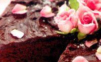 Tort_de_ciocolata_cu_frisca
