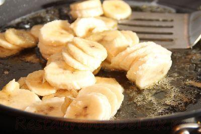 Clatite cu banane si rom