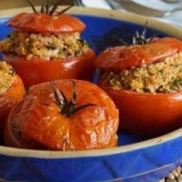 Rosii umplute cu quinoa