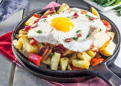 Legume_coapte_cu_bacon_si_ou_prajit_10