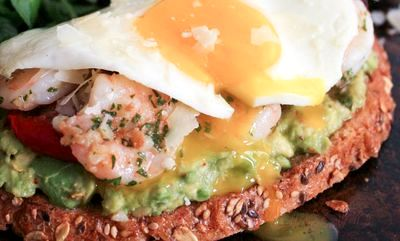 Sandwich_cu_creveti_rosii_si_avocado_17