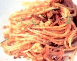 Spaghete_cu_salam_fenicul_si_rosii