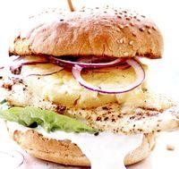 Burgeri_de_pui_cu_branza_cheddar
