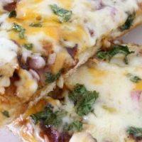 Pizza_cu_piept_de_pui_ceapa_si_mozzarella_17